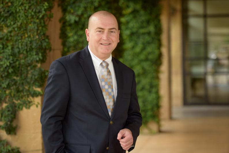 Dr. James R. Jacobs