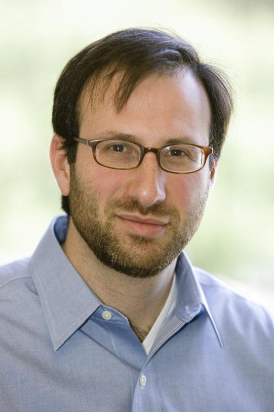 Portrait of Alberto Salleo