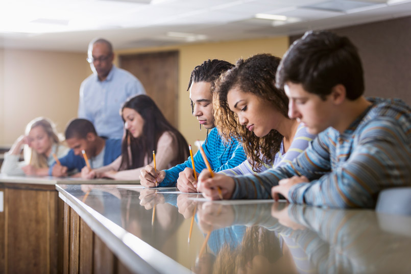 What Can New Voucher Studies Tell Us >> Vouchers Do Not Improve Student Achievement Stanford Researcher
