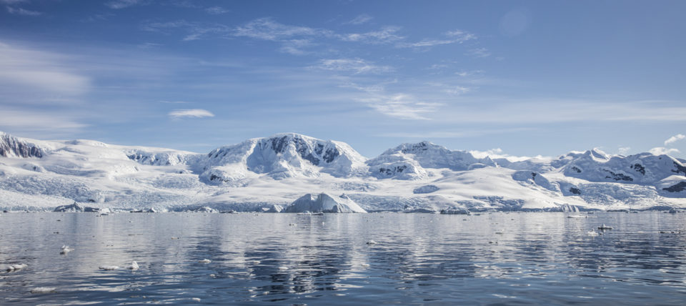 Antarctic glacier and sea