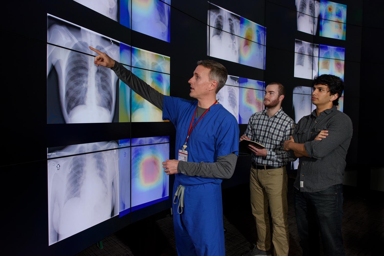 Algorithm Outperforms Radiologists At Diagnosing Pneumonia