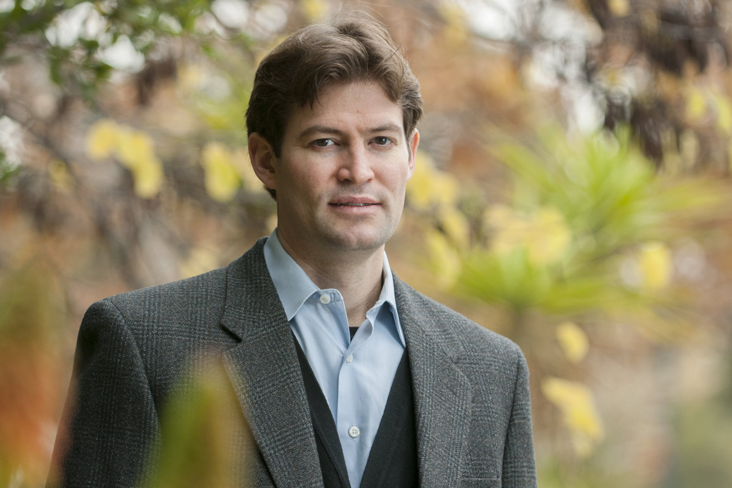 portrait of Noah Diffenbaugh, professor of Earth system science