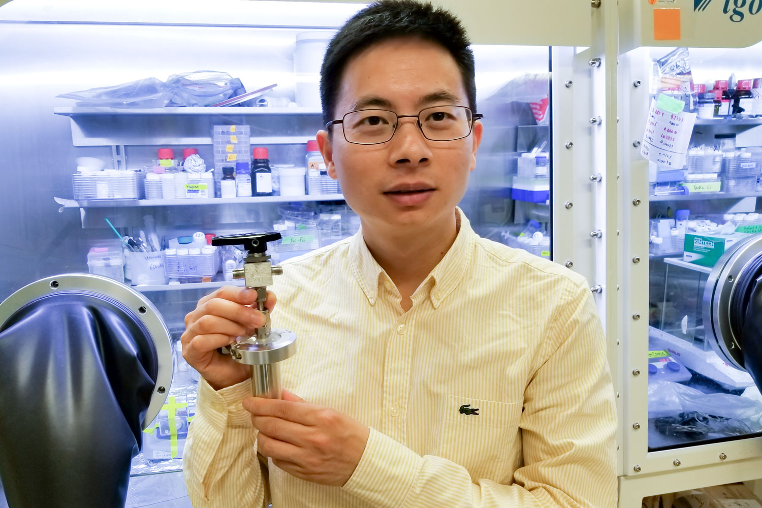 Researchers have developed a water-based battery to store solar and wind energy