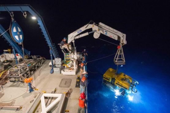Nautilus crew deploys Hercules
