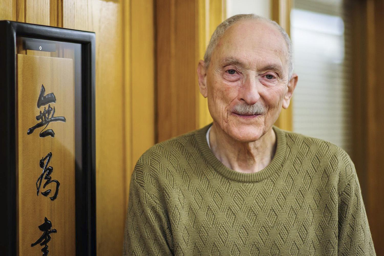 Historian Harold Kahn dead at 88   Stanford News