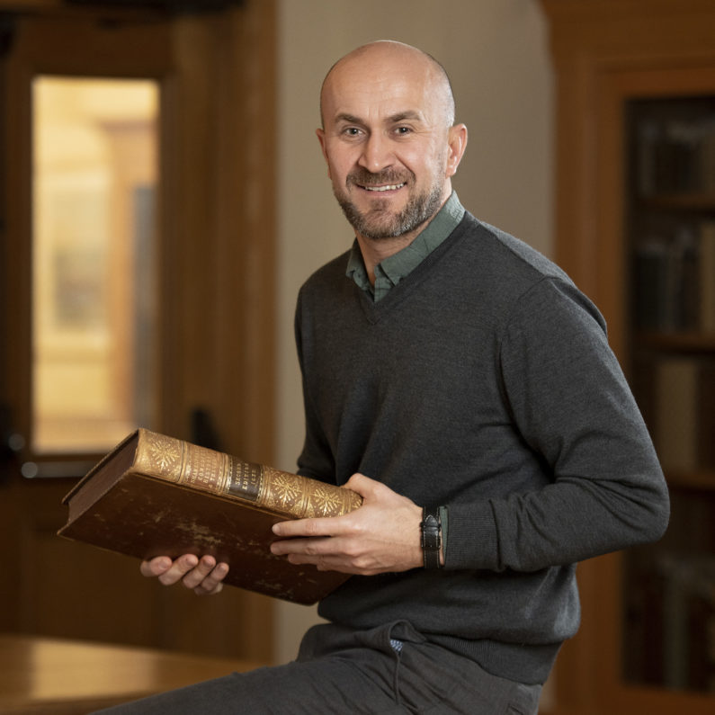 Ivan Lupić with the 1632 folio of plays by William Shakespeare