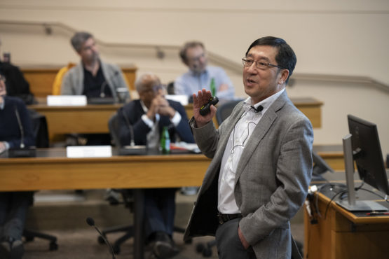 Chi-Chang Kao speaking to the Faculty Senate