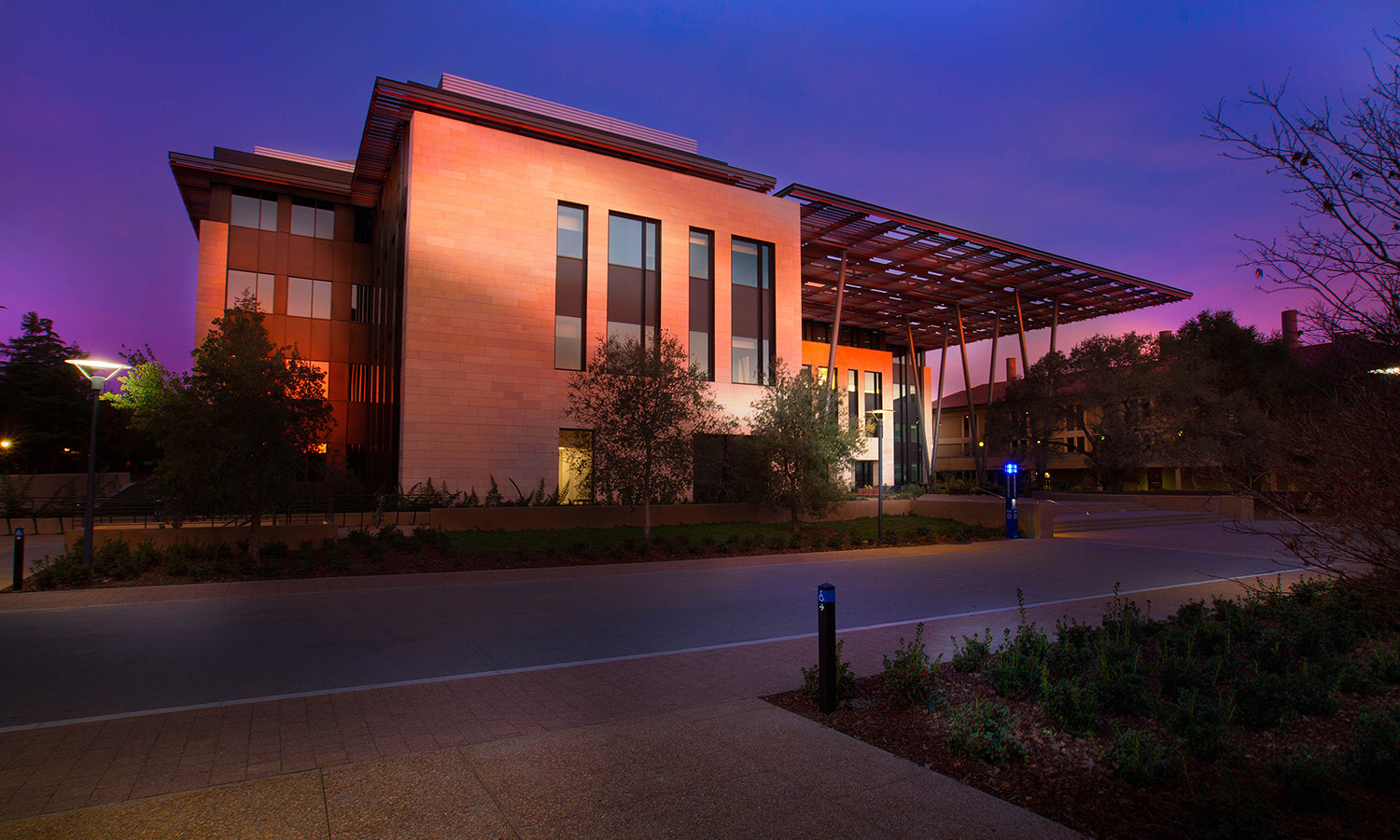 Bass Biology provides new home for the life sciences at Stanford