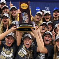 Women's swimming and diving NCAA champs