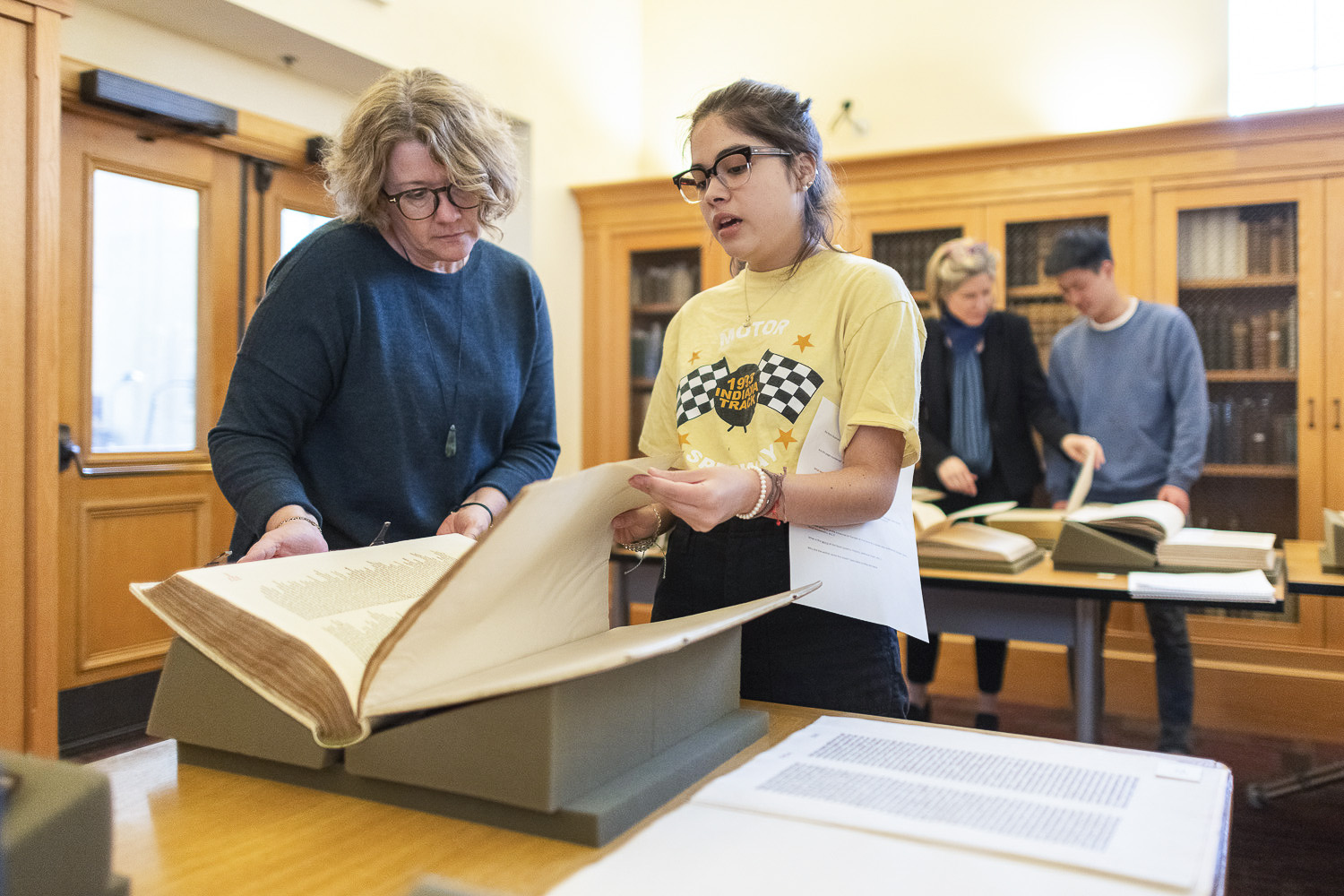 Professor Elaine Treharne works with Lore Olivera at Stanford Libraries Special Collections in the Humanities Research Intensive class taught over spring break.