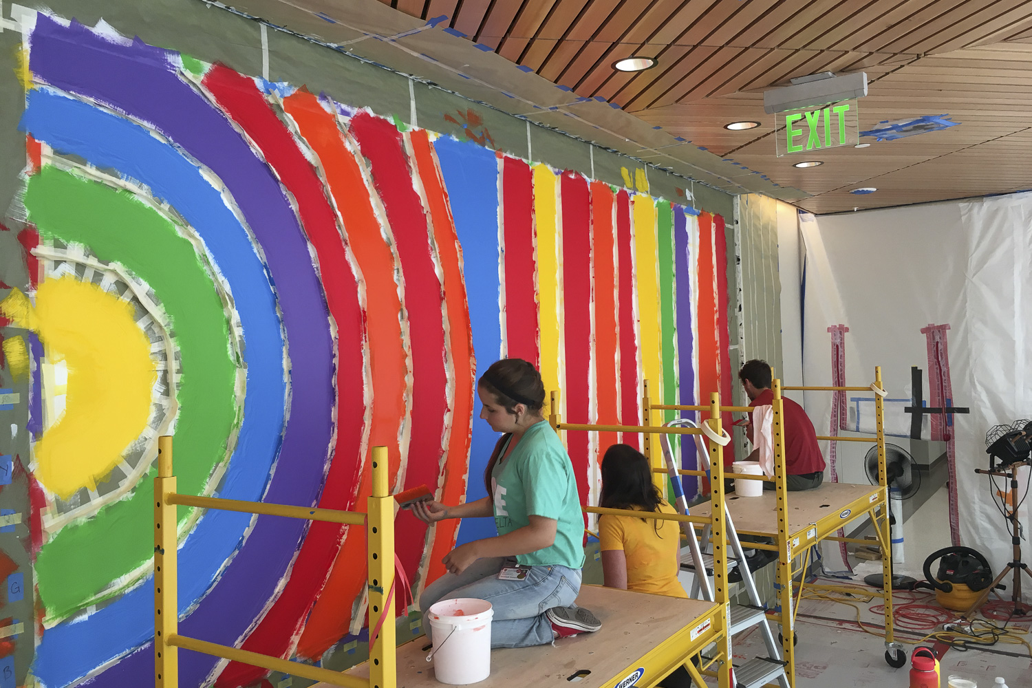 Students help produce major art work at new Stanford Hospital