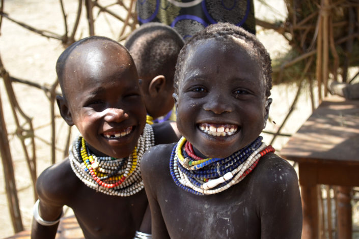 Two Nyangatom children)