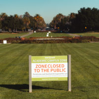 sign at Oval indicating area is closed to the public during pandemic